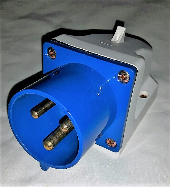 16 Amp 240 Volt Appliance Inlet